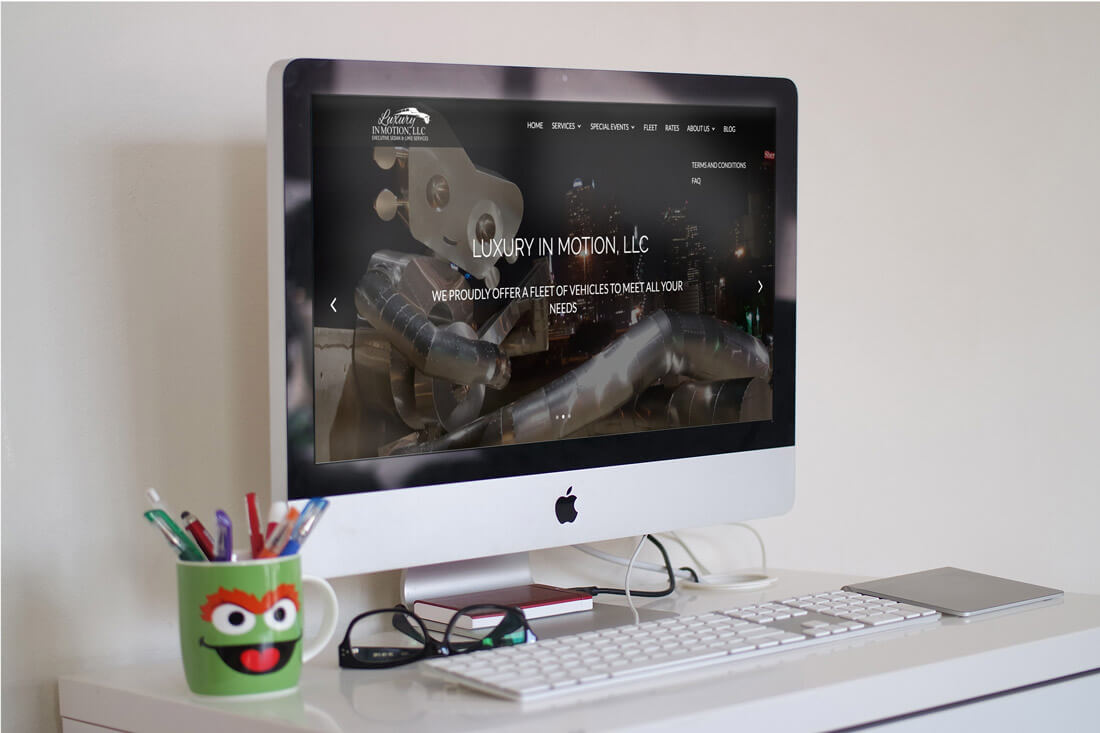 luxuryinmotion-desktop-mockup